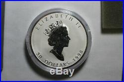 1998 Canada $50.00 10 oz Silver Maple Leaf. 9999 10th Anniversary