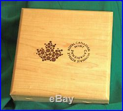2014 Canada Maple Leaf Forever Enameled Kilo of 99.99% silver 548 minted
