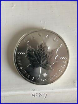 25x 2016 1oz Canadian Silver Maple Leaf bullion coins