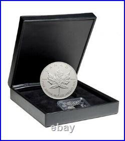 The Silver Maple Leaf 10th Anniversary 1998 Canada $50 Fine Silver Coin