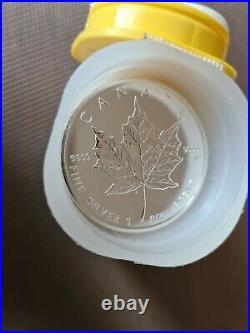 Tube of 2011 25 x 1 oz Silver Maple Leaf Coins 9999 Fine Bullion